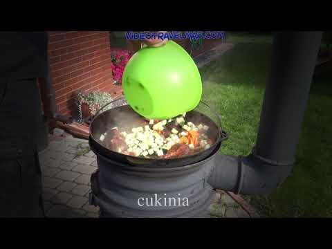 Gotujemy we woku gulasz wielomięsny